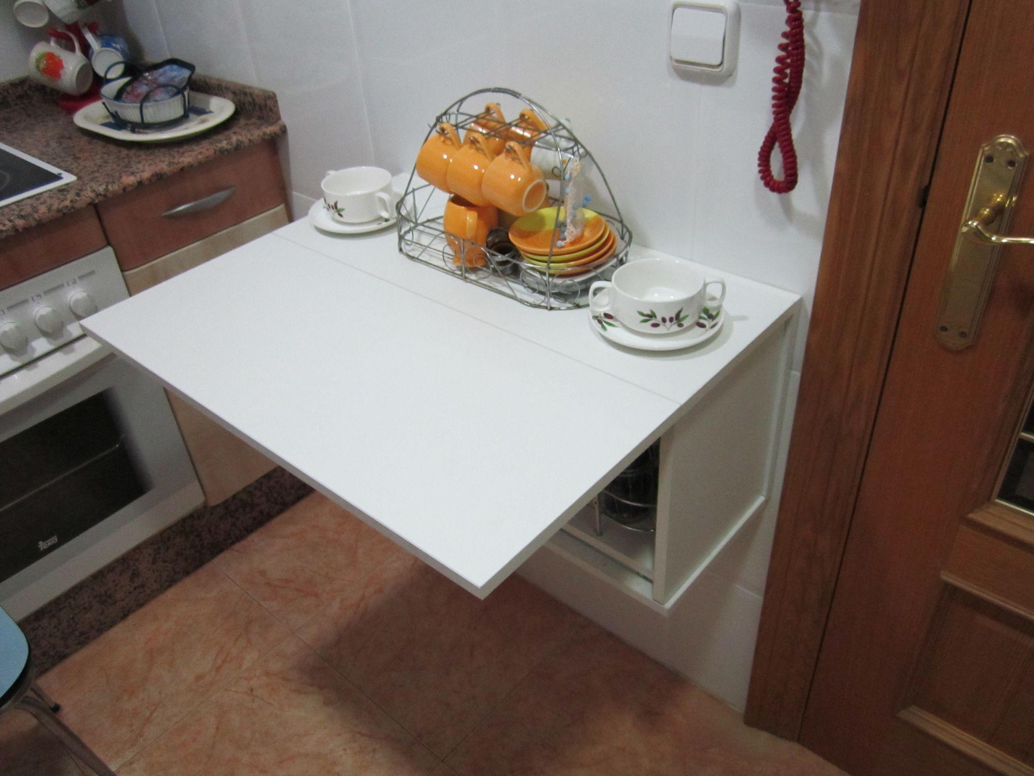 Mesa Abatible en Módulo de Cocina - Joster   escritorio   Pinterest ...