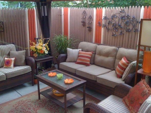Small Inner City Patio, I Live In Downtown Philadelphia And Wanted A Cozy,  Fun. Fence IdeasBackyard ...