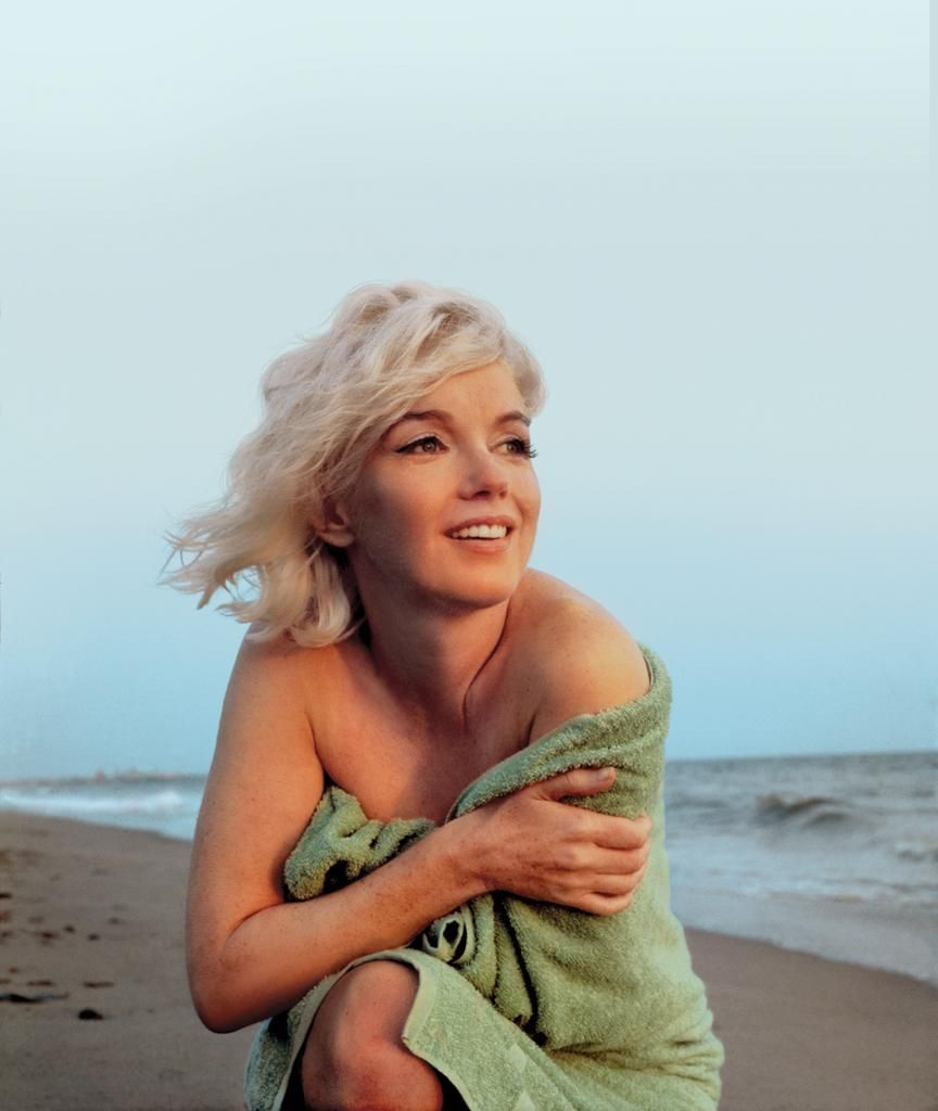 The Iconic Photos That Define L A Marilyn Monroe Photos Marilyn Marilyn Monroe