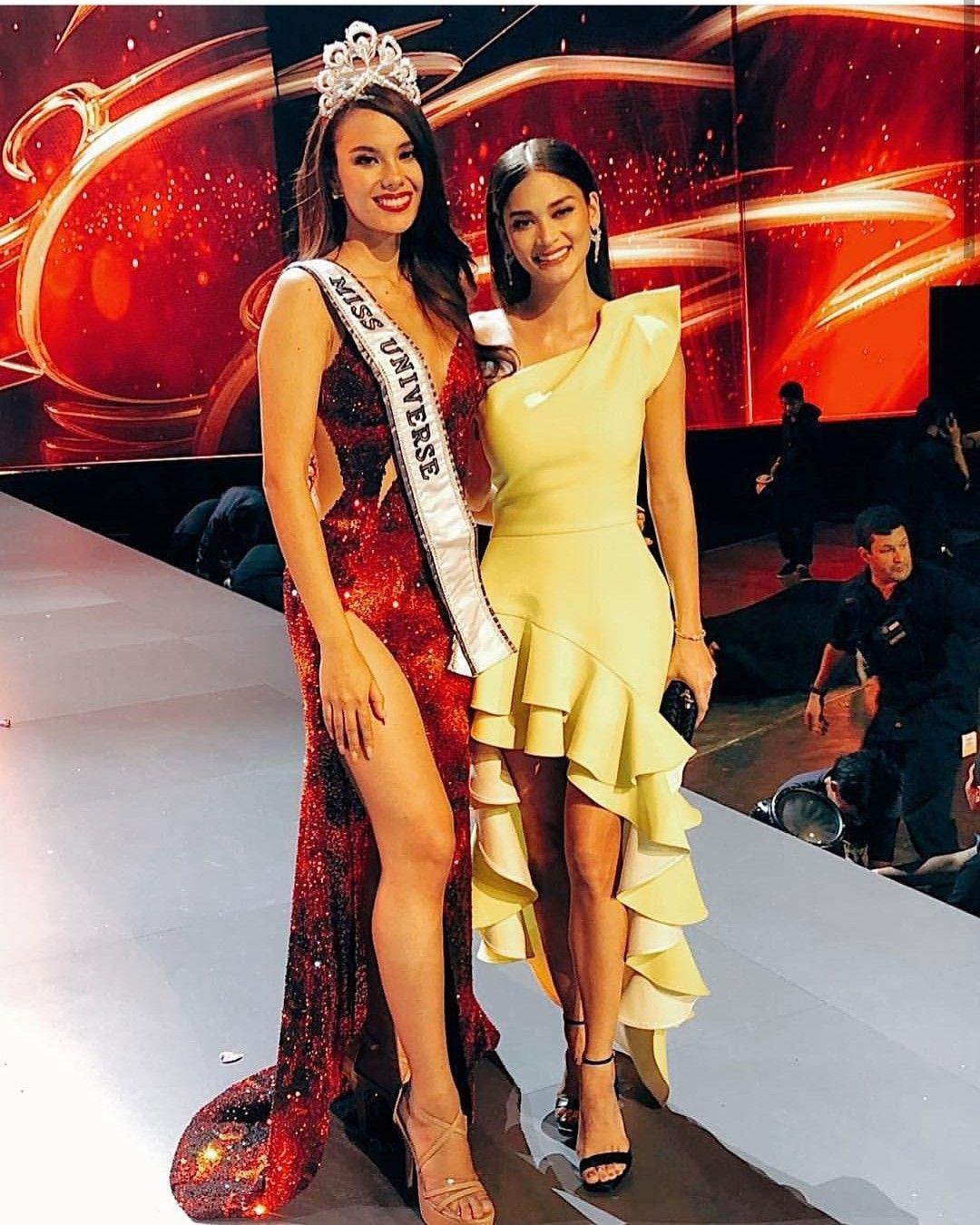 cb14180ef Coronation night Miss universe 2018 catriona gray and miss universe 2015  pia wurtzbach