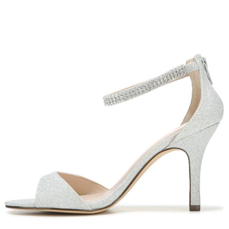 Touch of Nina Women's Verilina Dress Sandals (Silver) - 11.0 M