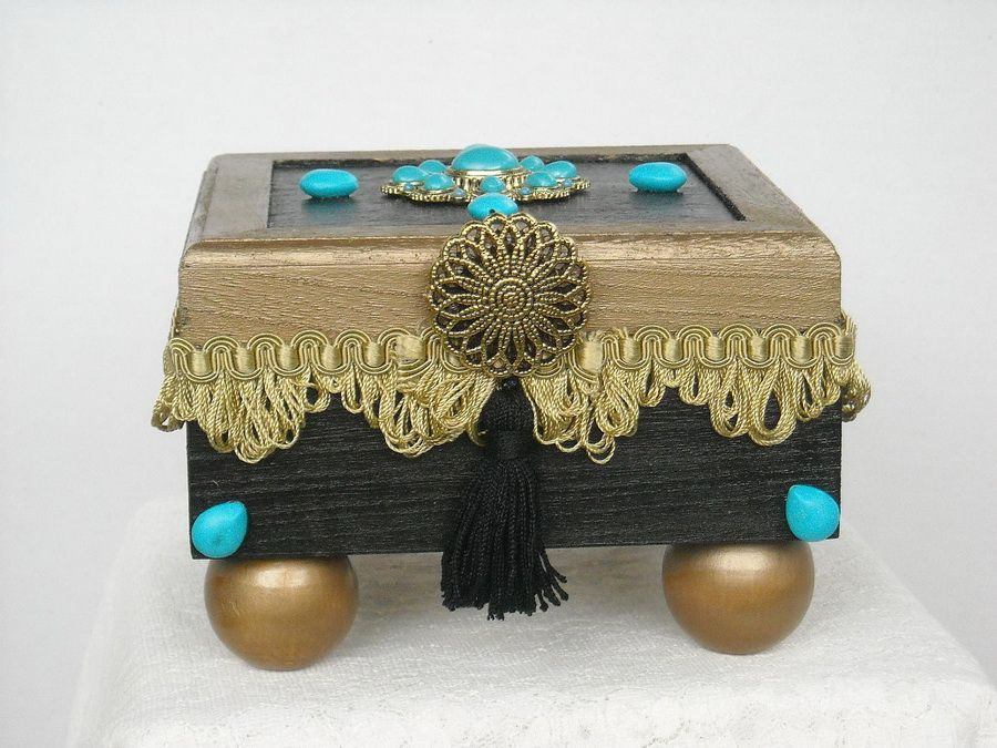 httpgeneralvalentinecomwp contentuploads201111decorative boxes wood for trinkets turquoise stones gold loop trim arabian nightsjpg pinterest - Decorative Boxes