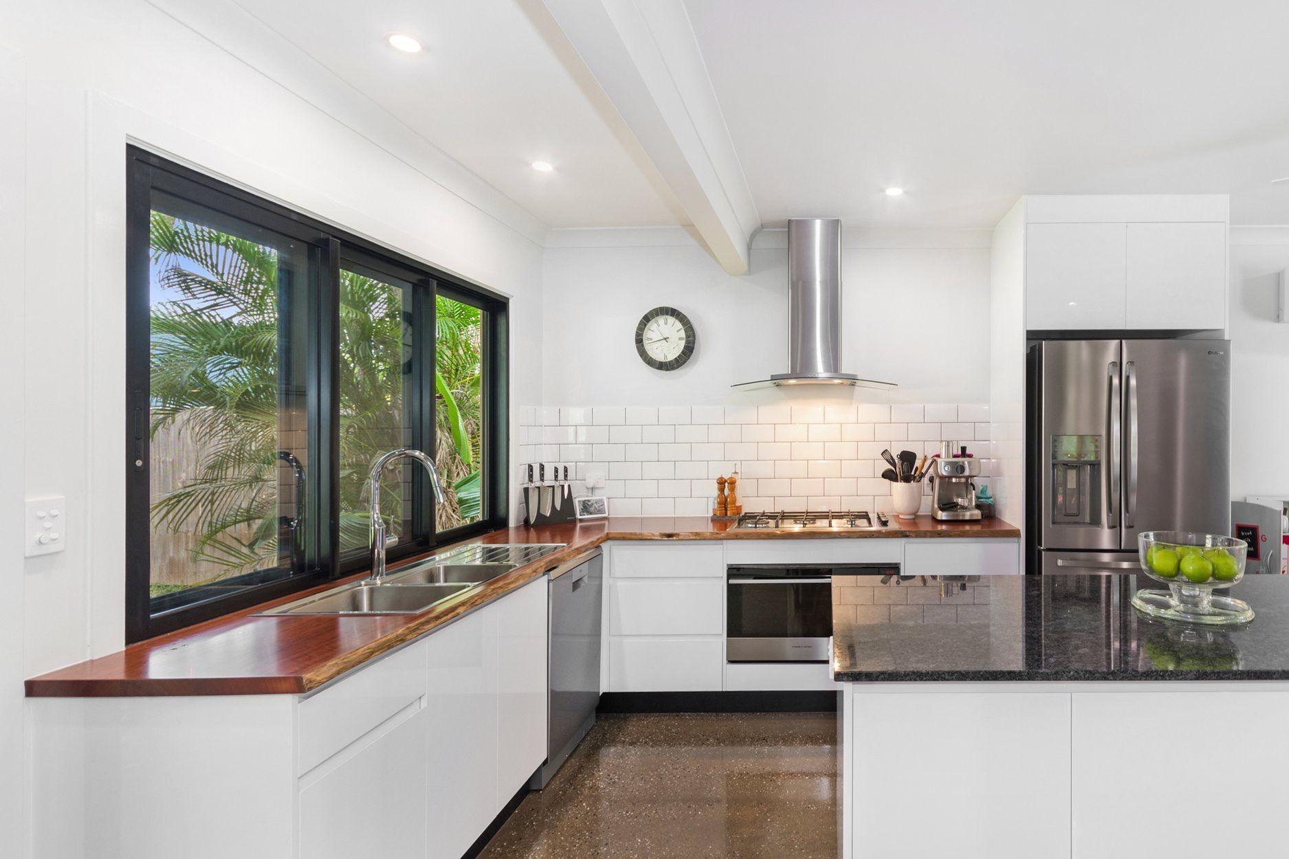 pin by irelna lowrie on queenslander love kitchen cabinets kitchen home decor on kitchen interior queenslander id=43824
