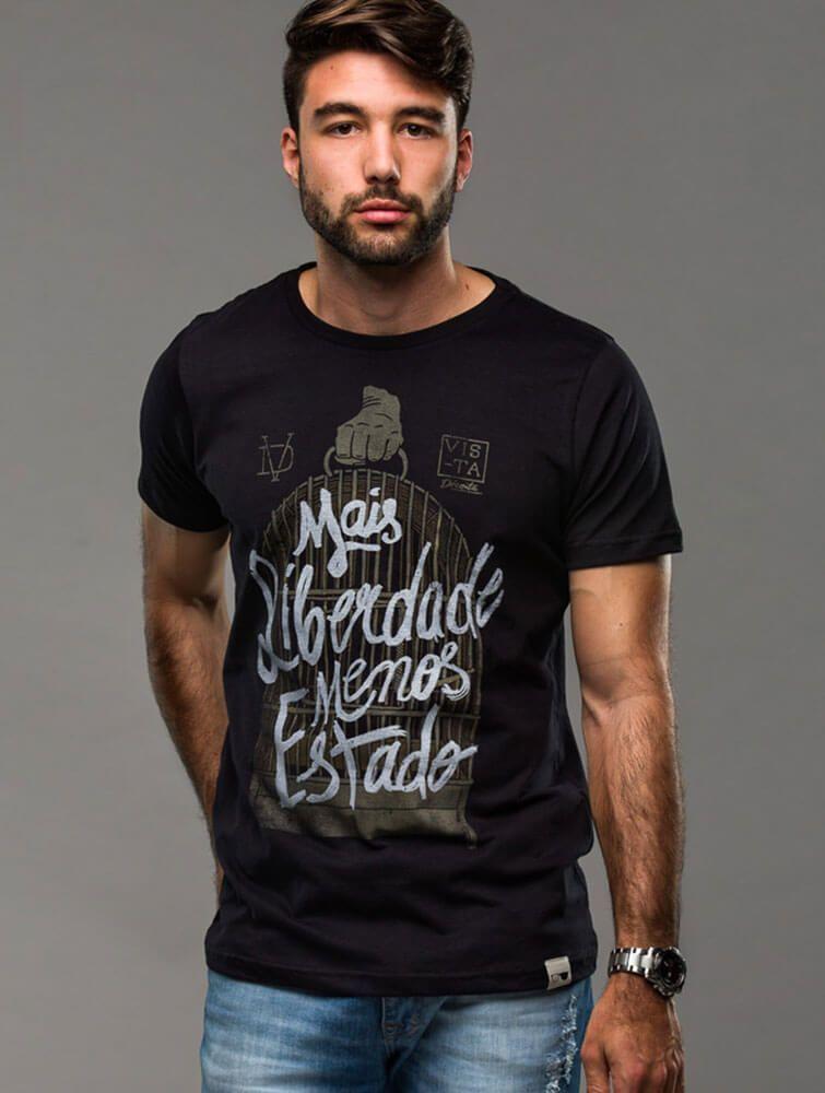 656e131f6f04 Camiseta Mais Liberdade Menos Estado - algodão preta - camisetas , masculino-  na Loja Vista
