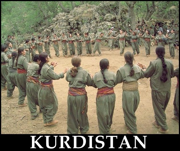 Pin By Yasa Hasanpour On History Of Kurdestan: Traditional Kurdish Dance Culture Art Peshmarga Womens