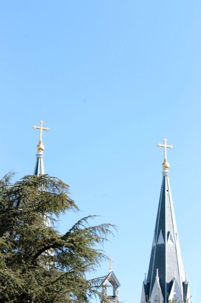 crosses at Villanova via The Gracious Posse