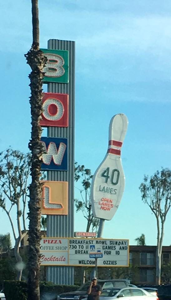 Pin By Debi Ross On Bowling Vintage Neon Signs Signage Neon Signs
