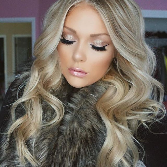 Faux Fur And Flawless Hair Kellyjanexx Truly Shines In Our 220gram