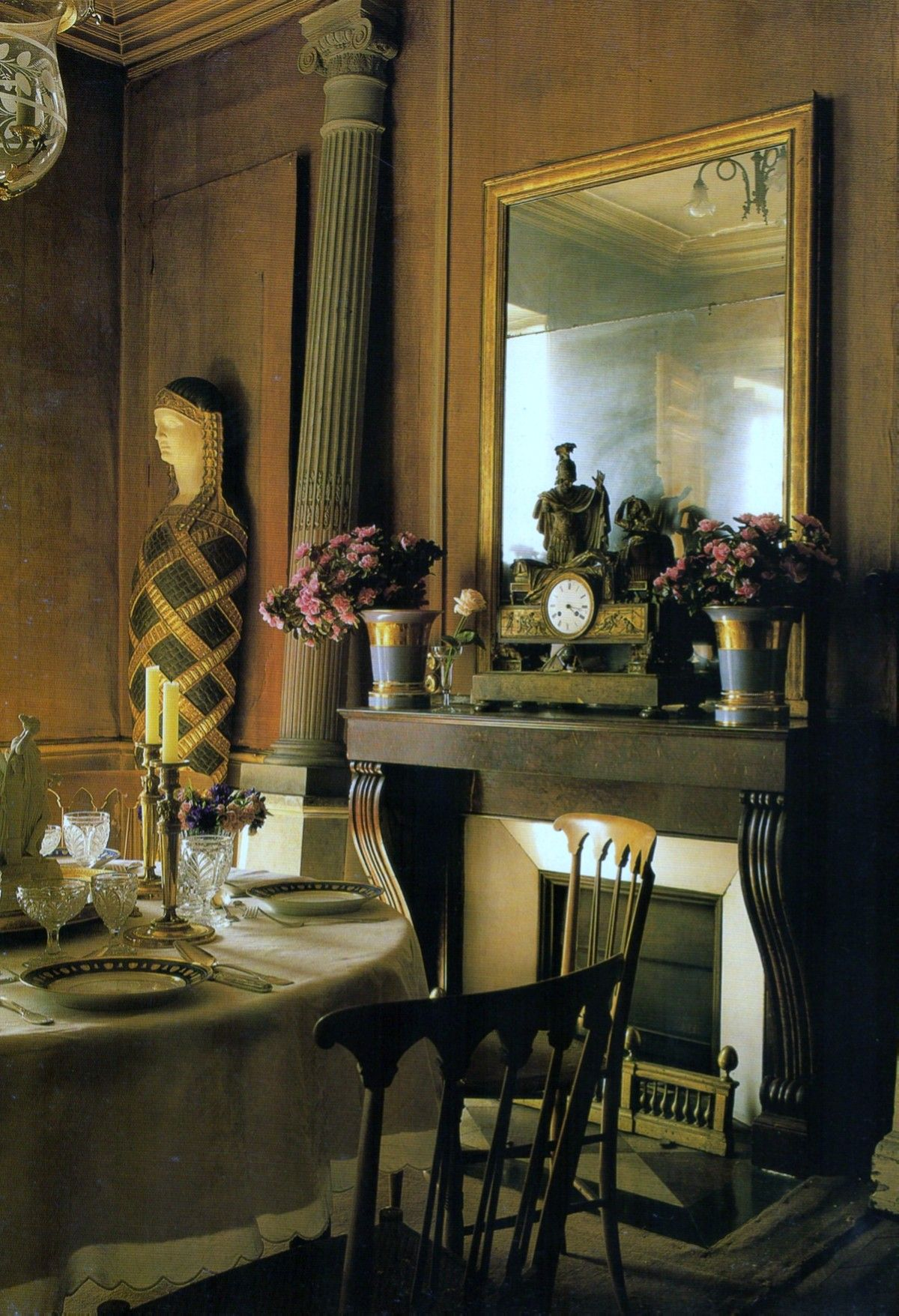 an egyptian mummy makes for an unusual dinner guest! ~splendor