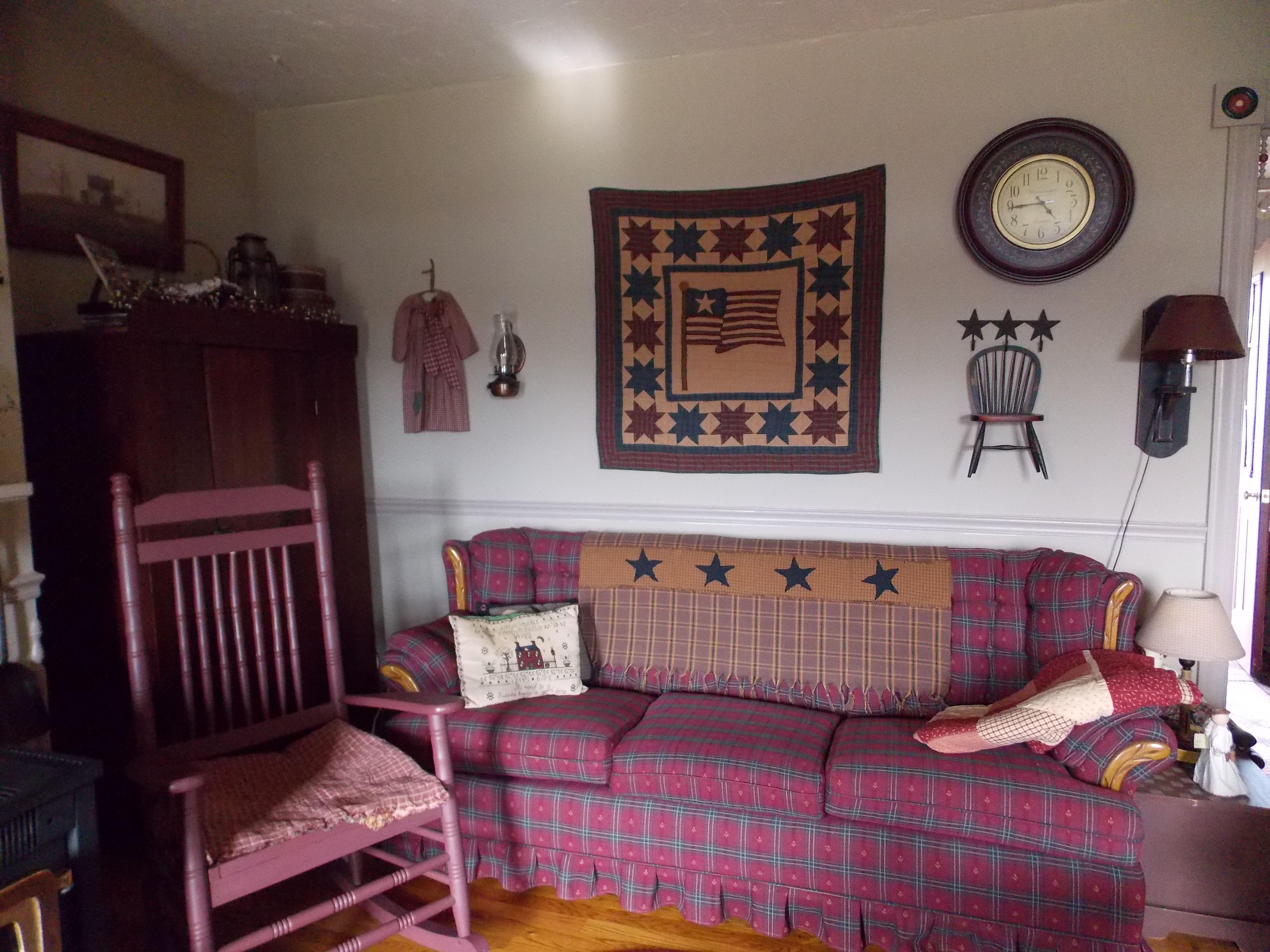 Americana Living Room Decorating Ideas - Zion Star