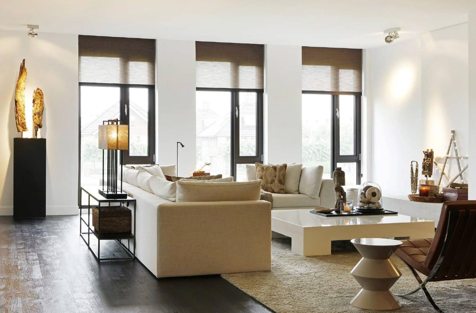 Wohnzimmer des modernen interieurs des hauses warm modern wit interieur  interior  pinterest  wohnzimmer und haus