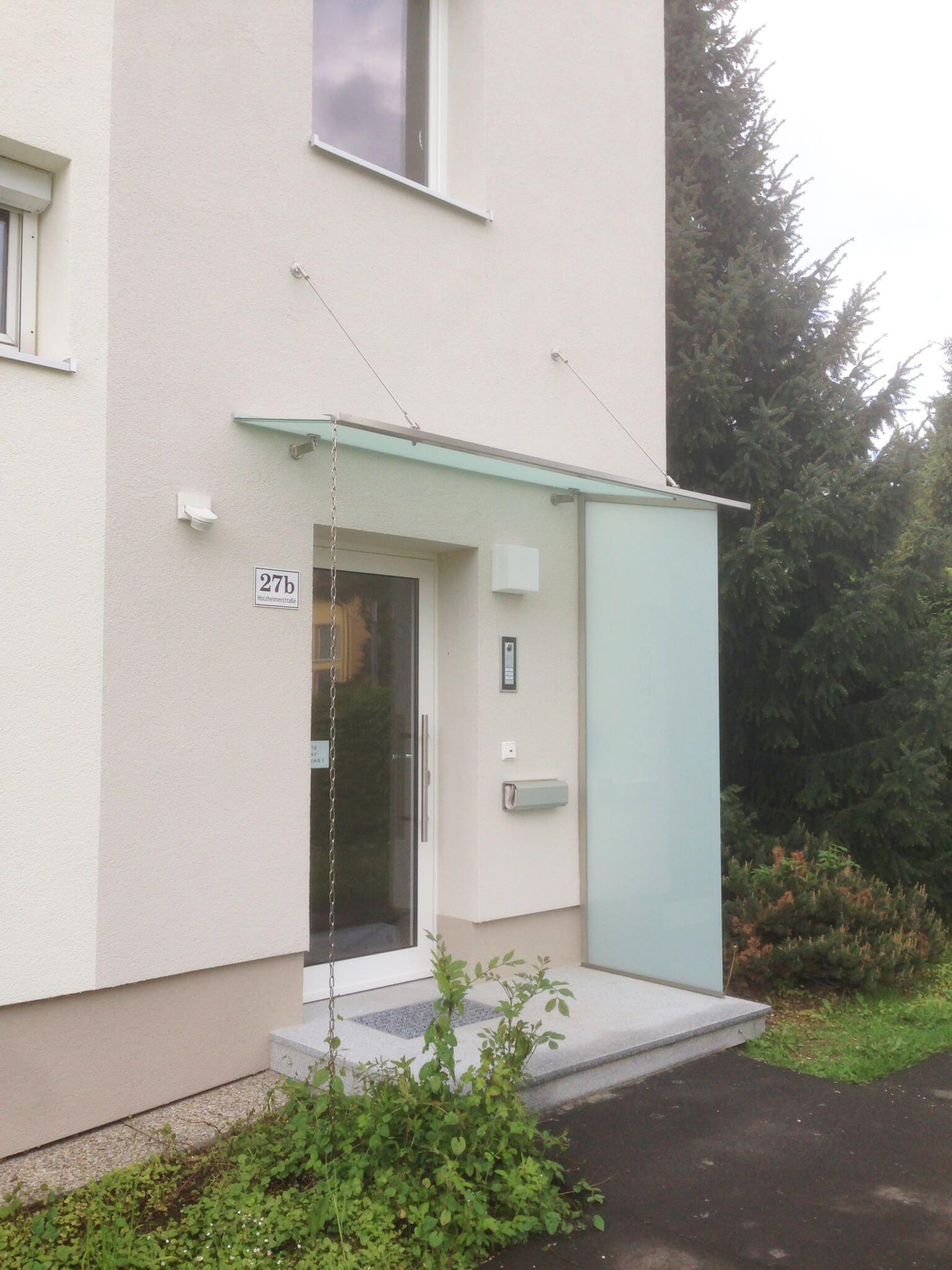 Vordach Hauseingang Mit Seitenteil In