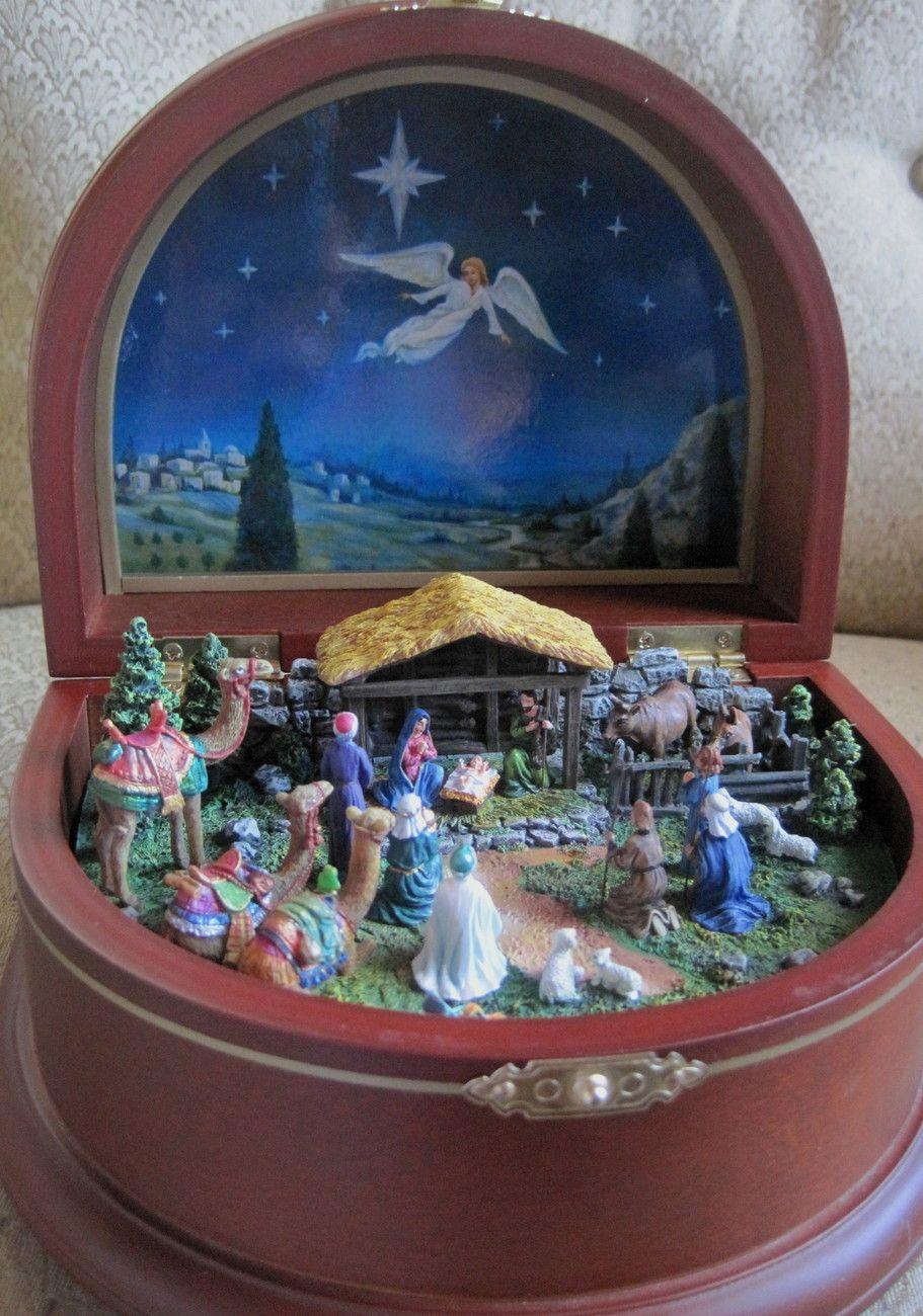 Danbury mint nativity music box silent night nativity