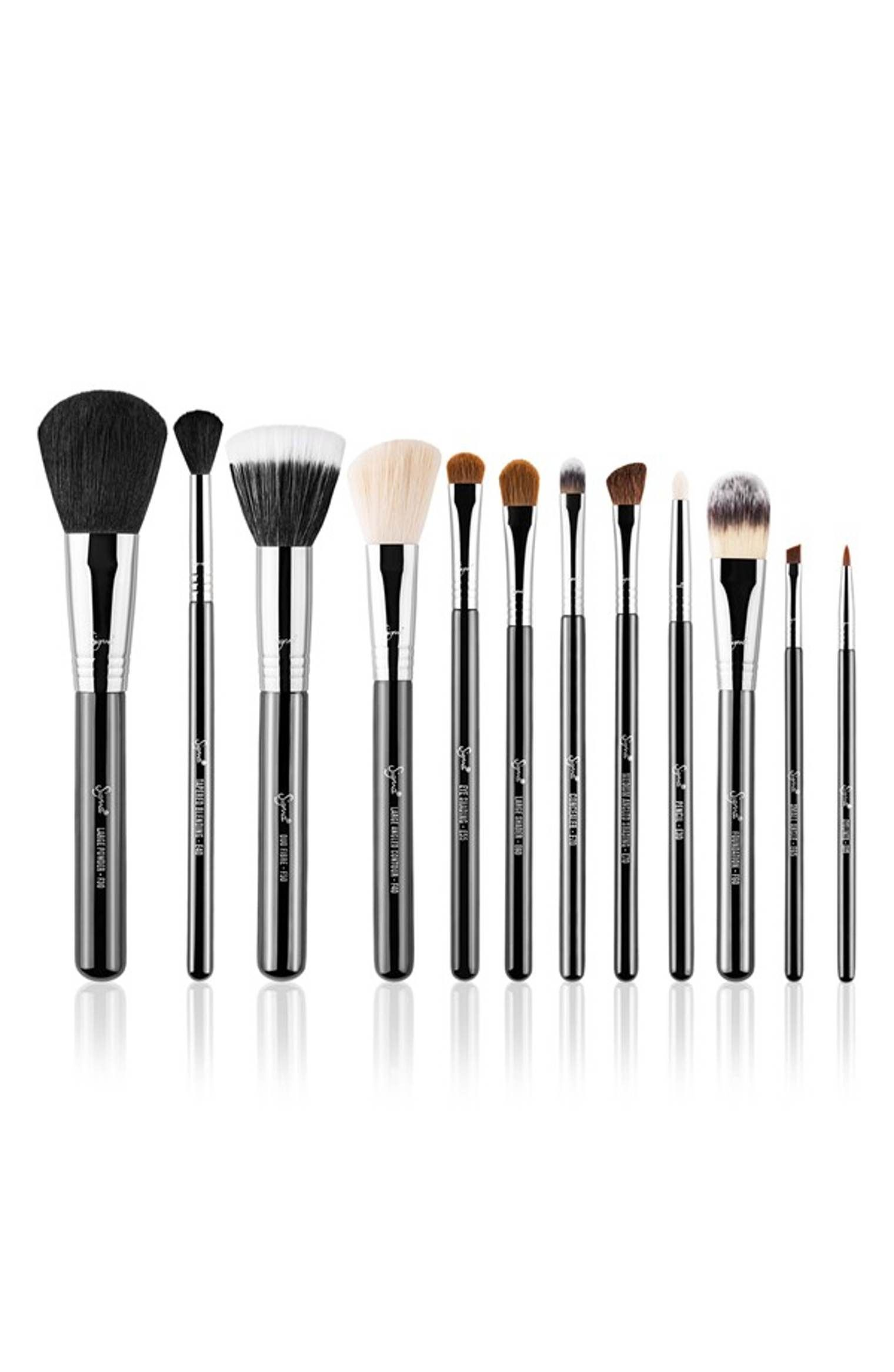 Sigma Beauty Essential Kit (228 Value Essential makeup