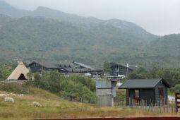 SE VIDEO: / 5000 sauer ned Sirdalen