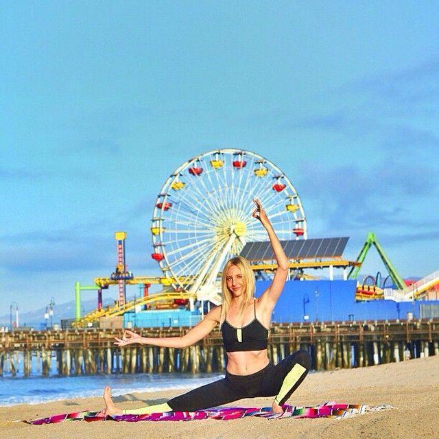 Santa Monica Beach Yoga Yogainspiration