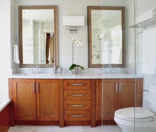 Benjamin Moore Revere Pewter With Oak Cabinets Oak Bathroom Cabinets Oak Cabinets Oak Bathroom