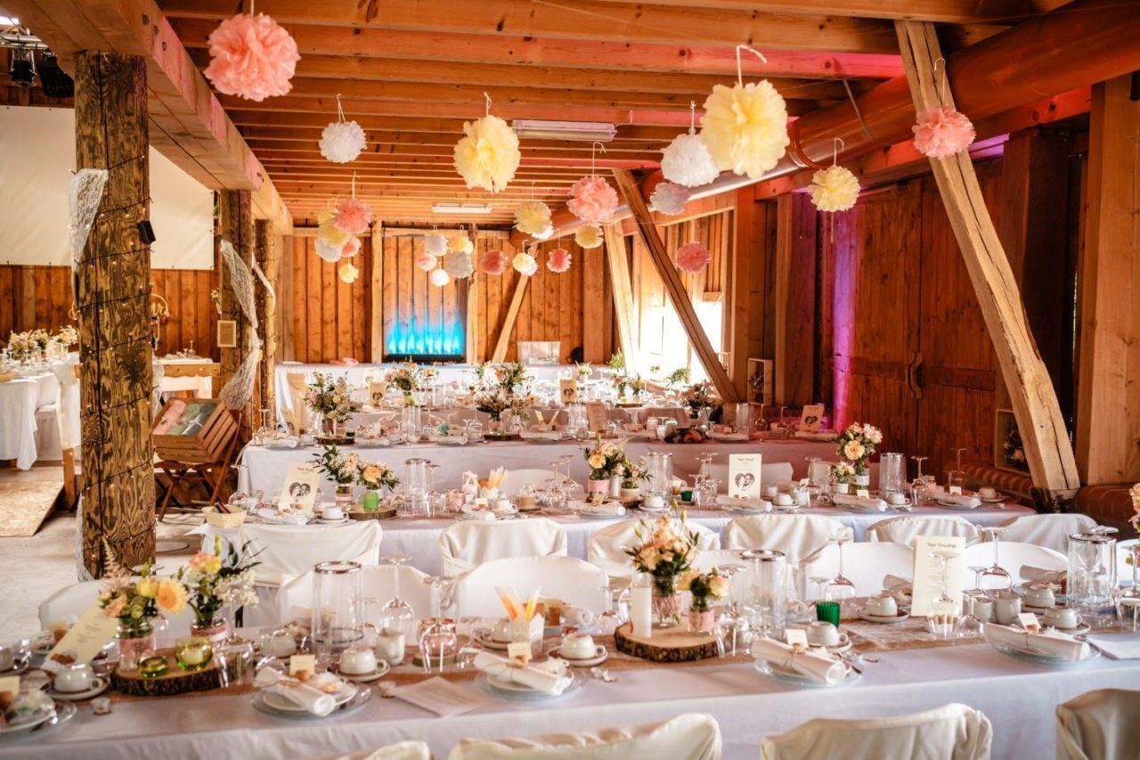 Hof Woeste In Halver Hochzeitslocation Nrw Table Decorations Decor Hof