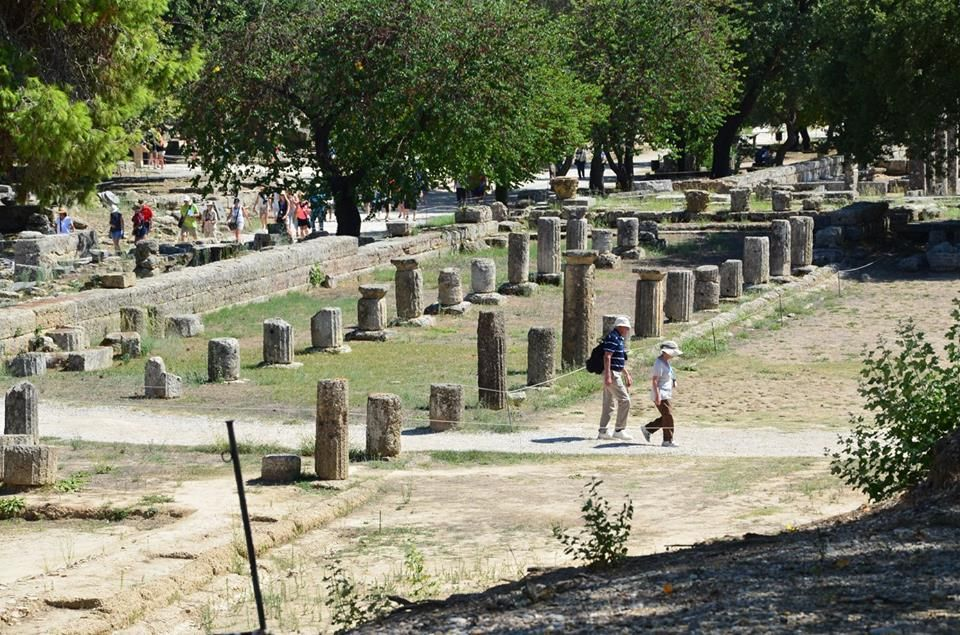 where the ancient olympics took place