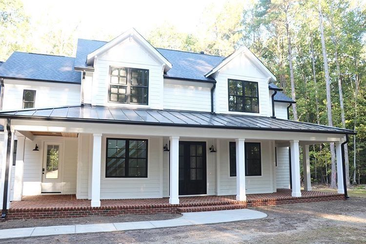 cool modern farmhouse exterior | 48 Unique Farmhouse Exterior Design Ideas For Your Home ...