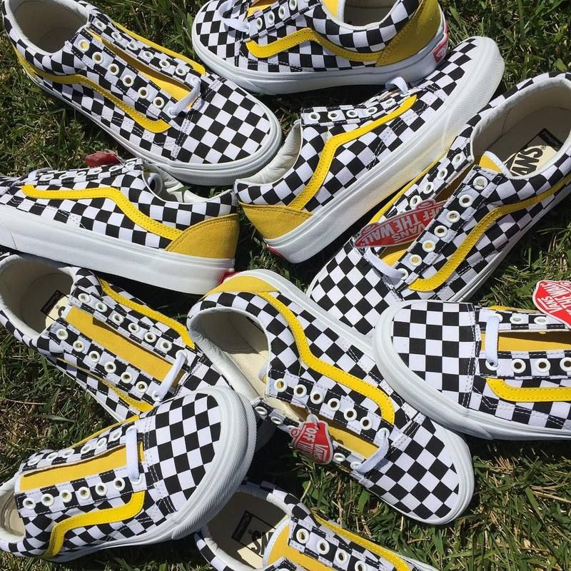 New Vans Old Skool classic black and white yellow