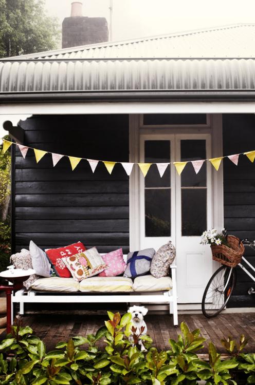 Not quite the australian bullnose verandah but close new house pinterest cottage and home also rh