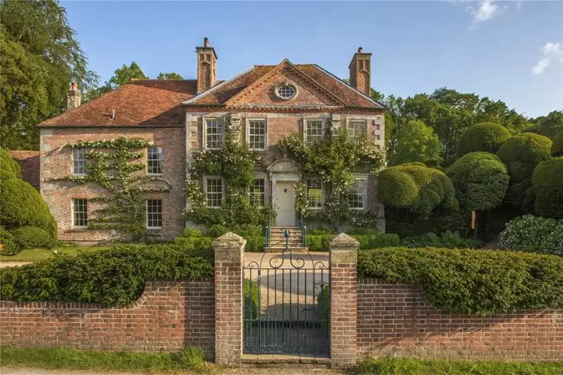 Cecil Beaton's idyllic Reddish House is for sale