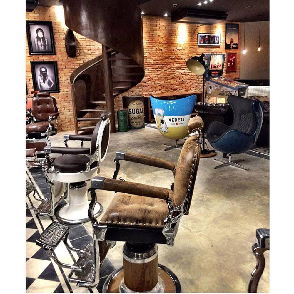 Novo Conceito De Barbearia Conta Com Decoração Retrô, Bar