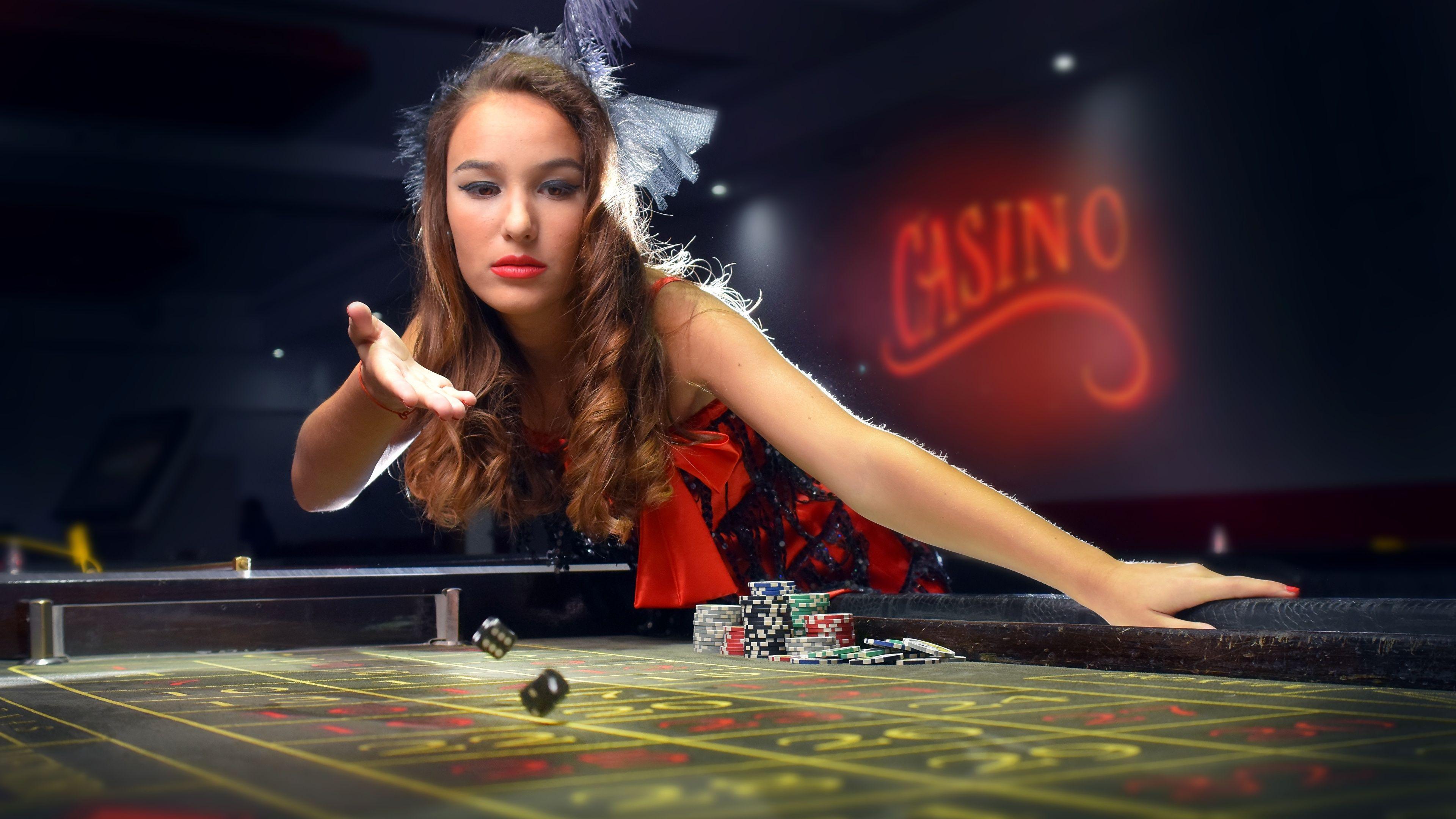 casino #poker #gambling #dziewczyny #girls #kasyno | Play online casino,  Online casino games, Casino games