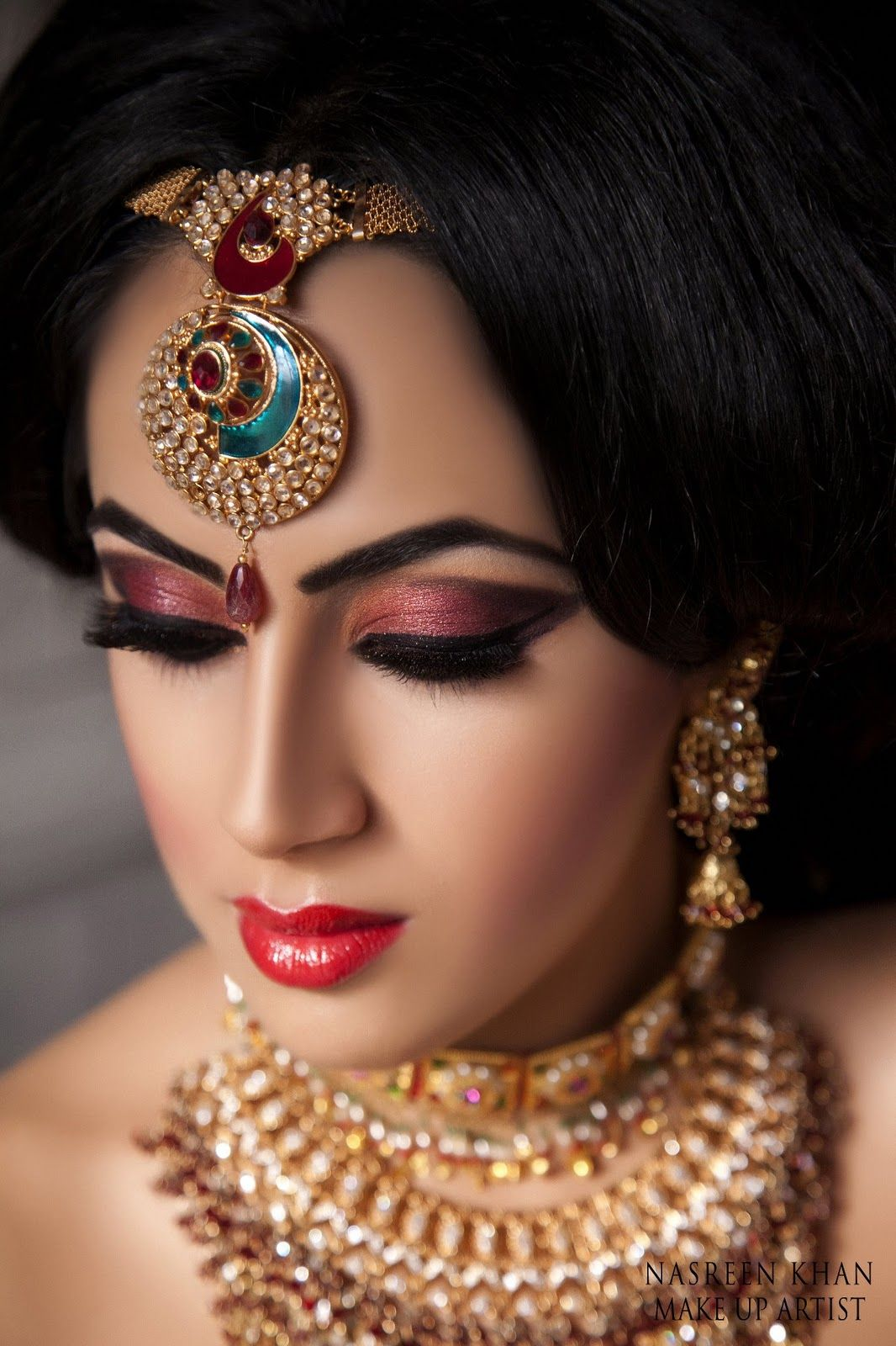 Indians Show Immense Love And Passion For Jewellery An Indian Bride Is Never Complete Without Proper