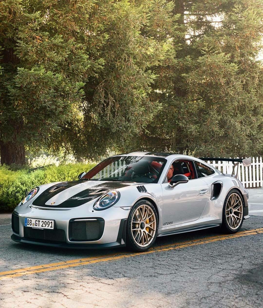 Pin by Zach Lindsay on Stunning cars   Pinterest   Porsche 911 gt2