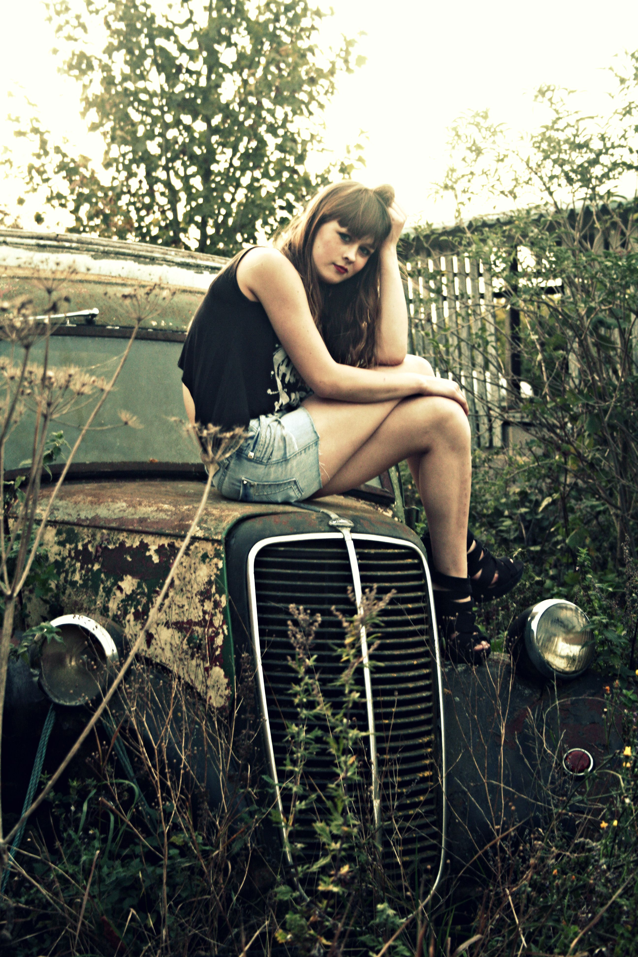 Sitting On The Old Vintage Car Photo Ideas Pinterest Old