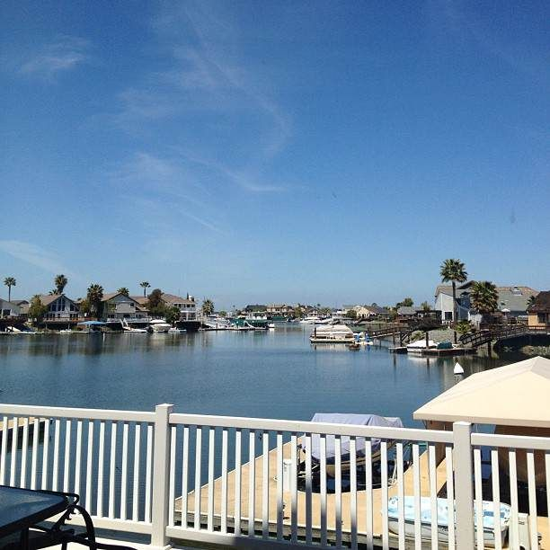 DBay #nofilter #delta #backyard #sunny #california #myview #afternoon #blueskies #hotoldpeople #jk #lol #bo    http://whosin.com/funny