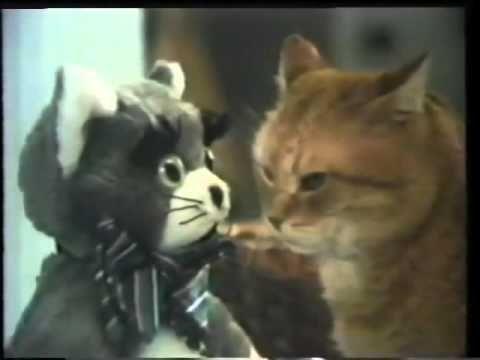 70's Ads: 9 Lives Cat Food Morris 1974