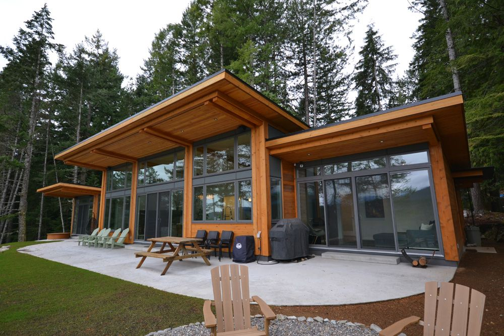 Tamlin timber frame homes check out the alberta and the Modern custom home builders