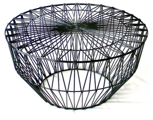 Bend, a new company founded by Gaurav Nanda who makes wire furniture for modern indoor and outdoor living.