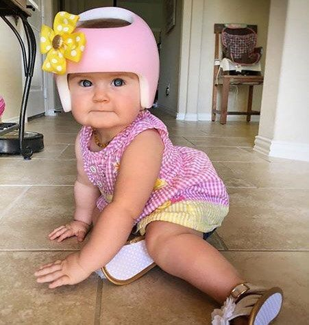 Cranial Band Ribbon Bow Plagiocephaly Helmet Dotted Bow Etsy Baby Helmet Design Baby Helmet Baby Helmet Design Girls Ideas