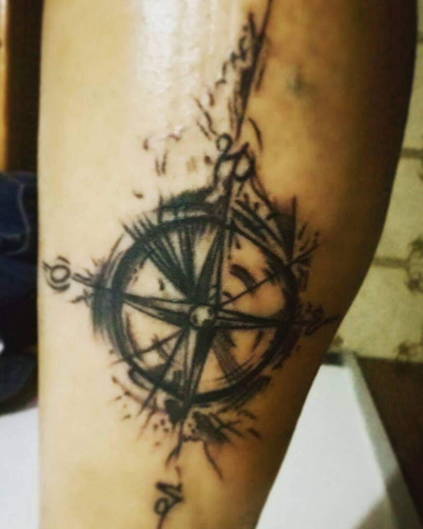Brujula Rosa De Los Vientos Tattoo Girls Tattoo Ideas Pinterest