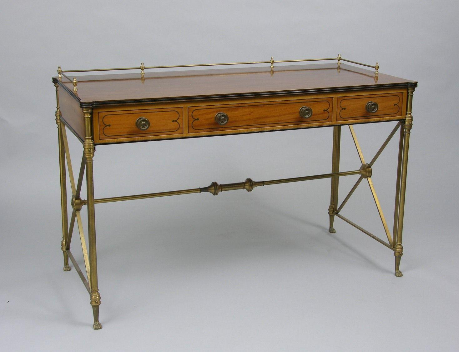 vintage campaign desk | 441. A Vintage Kittinger Campaign Desk - Vintage Campaign Desk 441. A Vintage Kittinger Campaign Desk