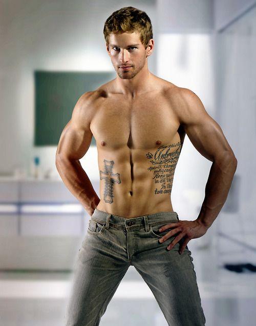 ripped-and-hot: (via Tattoo Shirtlessguys Hotmen Cuteguys) Follow Me ...