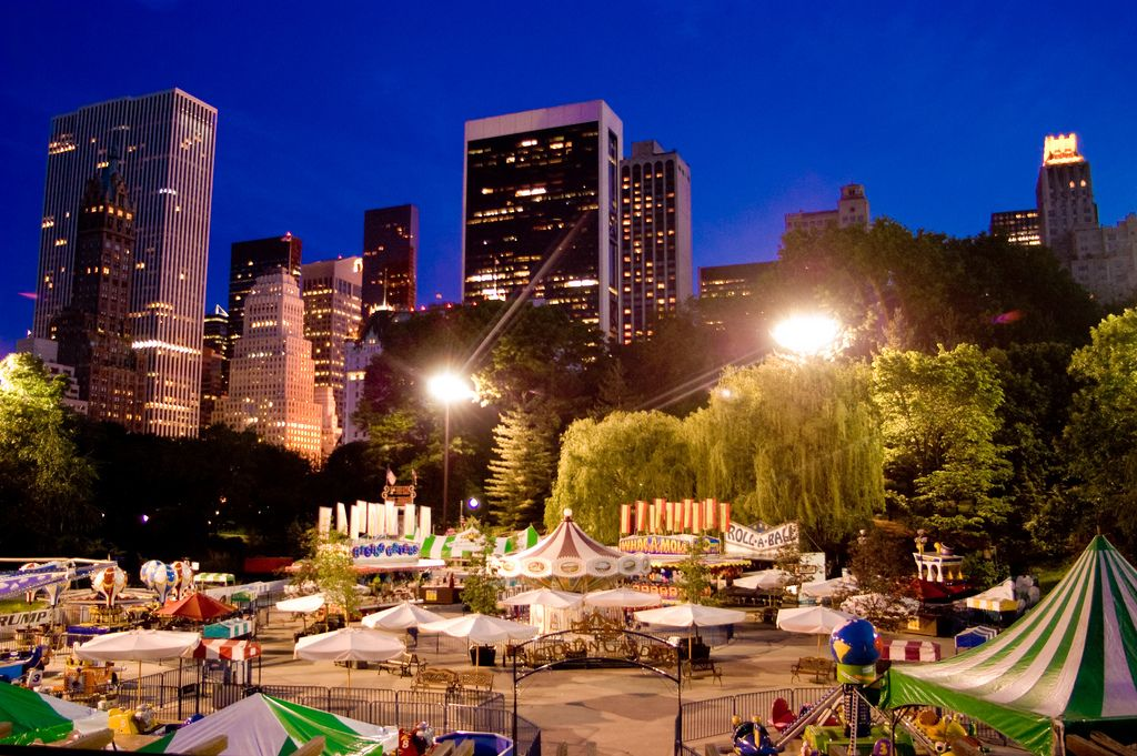 Nyc At Night Central Park New York Central Park At Night Time View G O T H A M Pinterest