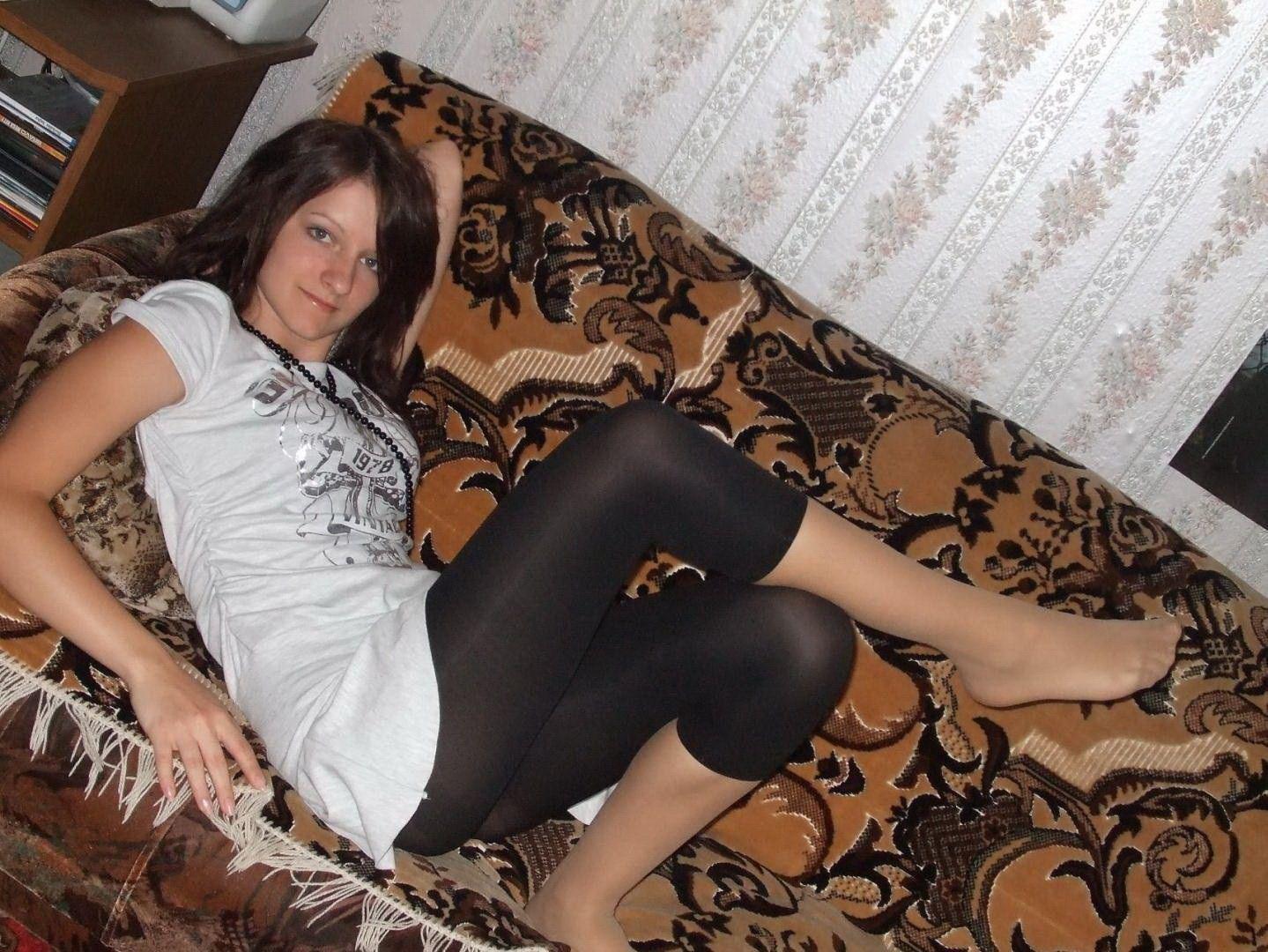 перевитый венами, фото личные девок в колготках полуночи