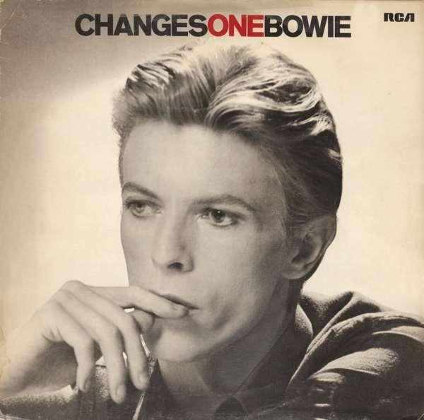 David Bowie, live gezien in 84 inde Kuip, heerlijke vintage show. Man in lichtblauw pak tijd, van de elpee David Live. Jaren later mocht ik helpen om de videowall af te breken in Amsterdam Arena waar Bowie had opgetreden. Zijn crew had haast, ze moesten de boot halen om de volgende dag op te treden op THE Island of Wright.  We waren met veel afbrekers, maar ik stond al on stage toen Bowie zijn laatste woorden tot het publiek richtte. Bijna naast hem om direct aan de slag te gaan.