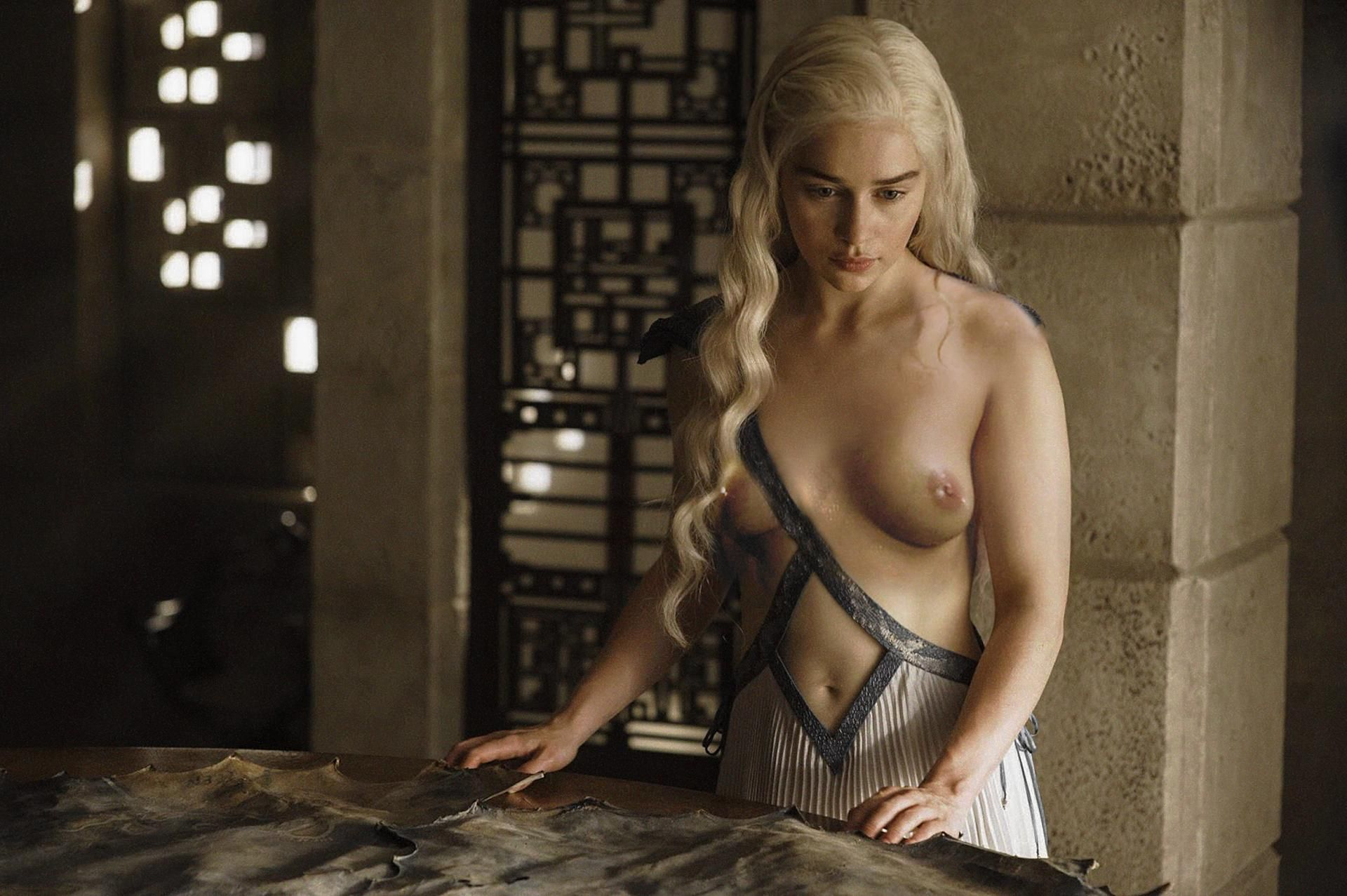 game of thrones nude Scandal Planet