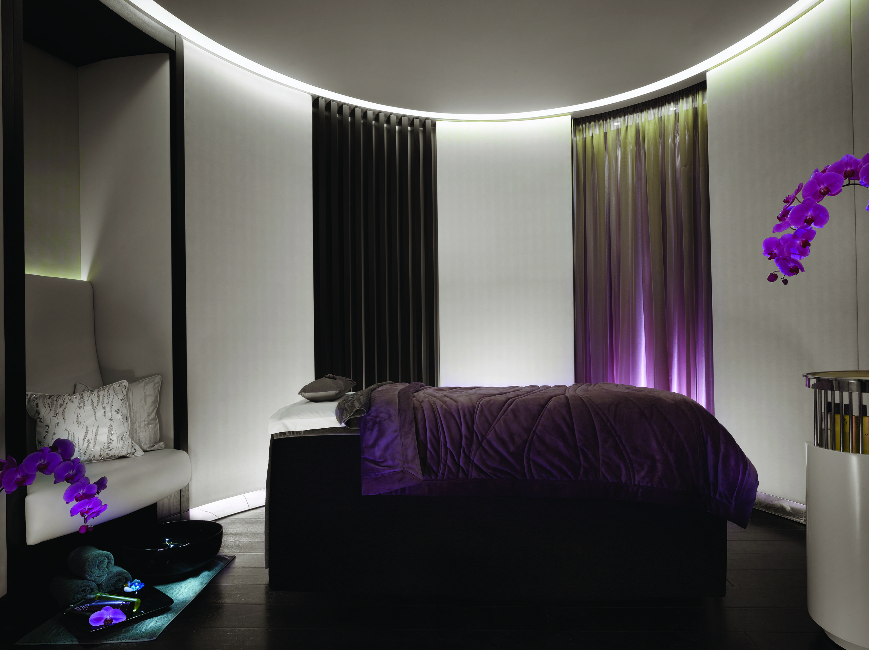 Relax Spa Bedroom - Spa