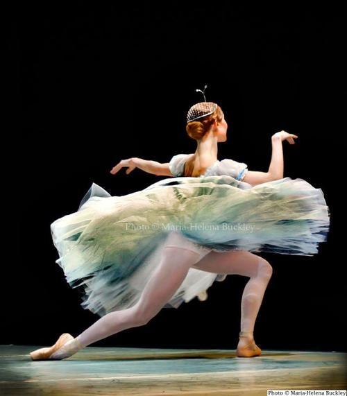 Iana Salenko. Photo by Maria-Helena Buckley.