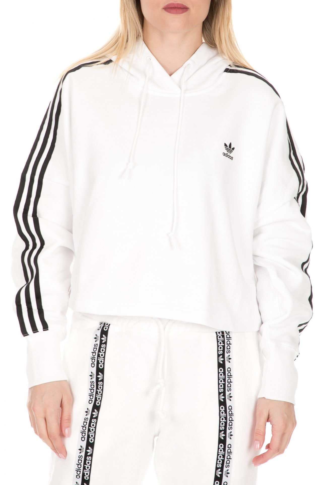 Pin στον πίνακα ADIDAS W Things to wear