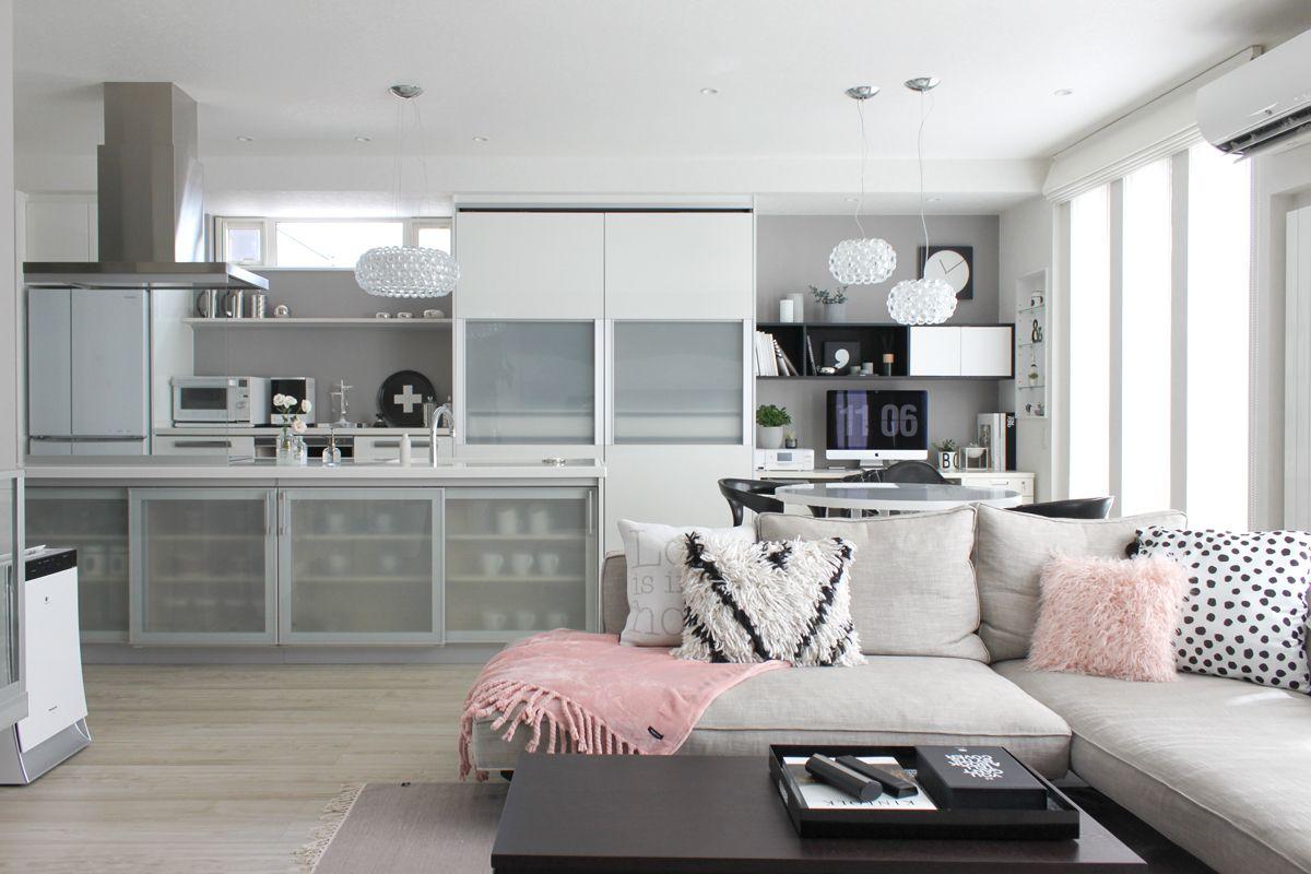 ピンクとグレーでつくる 大人ガーリーなひとり暮らしインテリア インテリア インテリアアイデア 部屋
