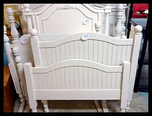 cottage style twin bed headboard footboard and rails home decor rh pinterest com cottage style metal headboards cottage style bed headboards