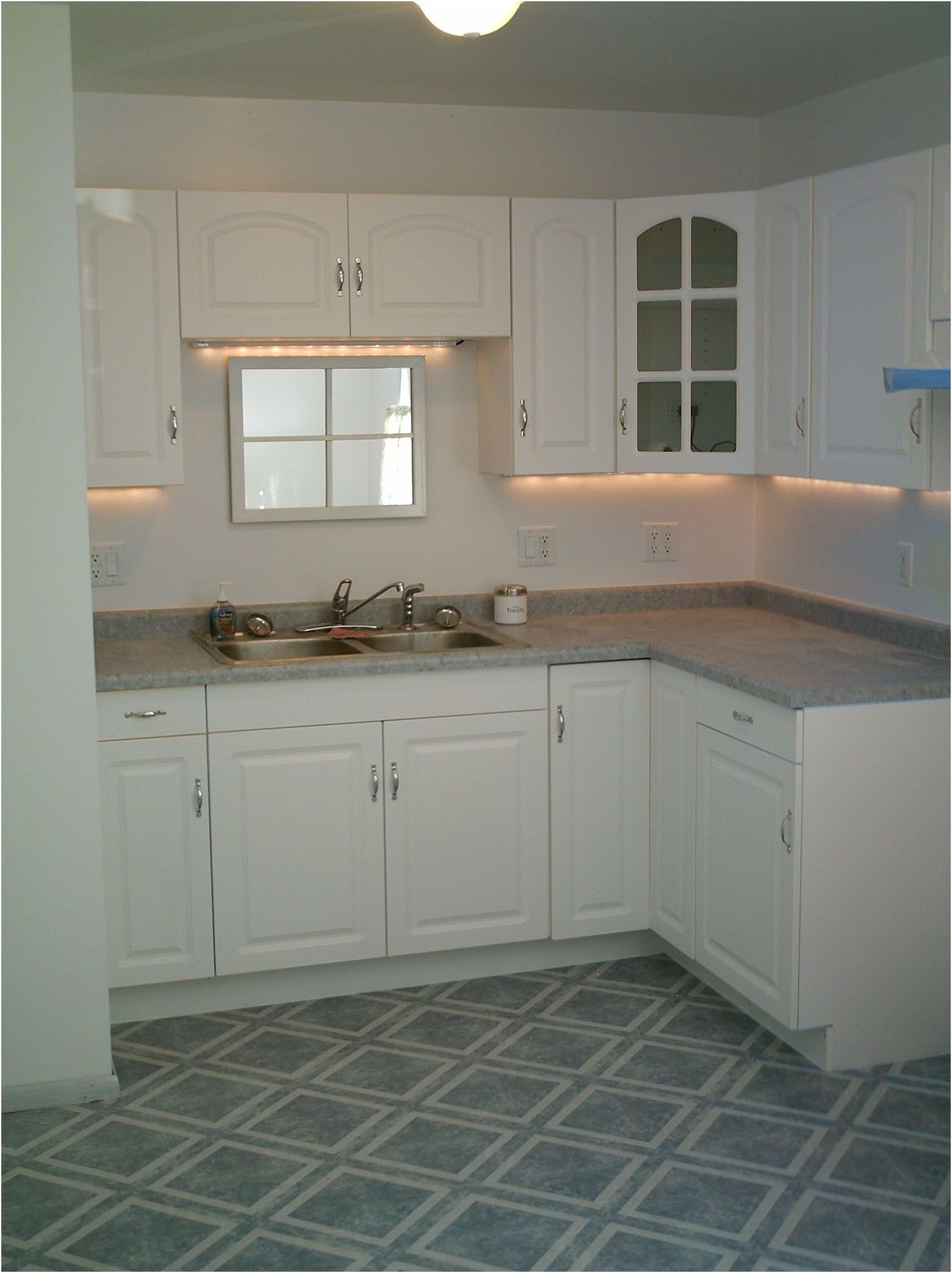 Best Lowes Kitchen Cabinets In Stock 12 Unbelievable Lowes 640 x 480